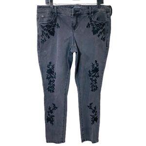 Torrid Premium 12R Black Denim Embroidered Jeans